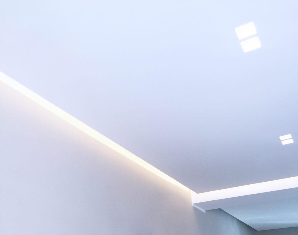 controsoffitto e tagli di luce