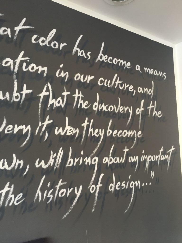 scritte su pareti
