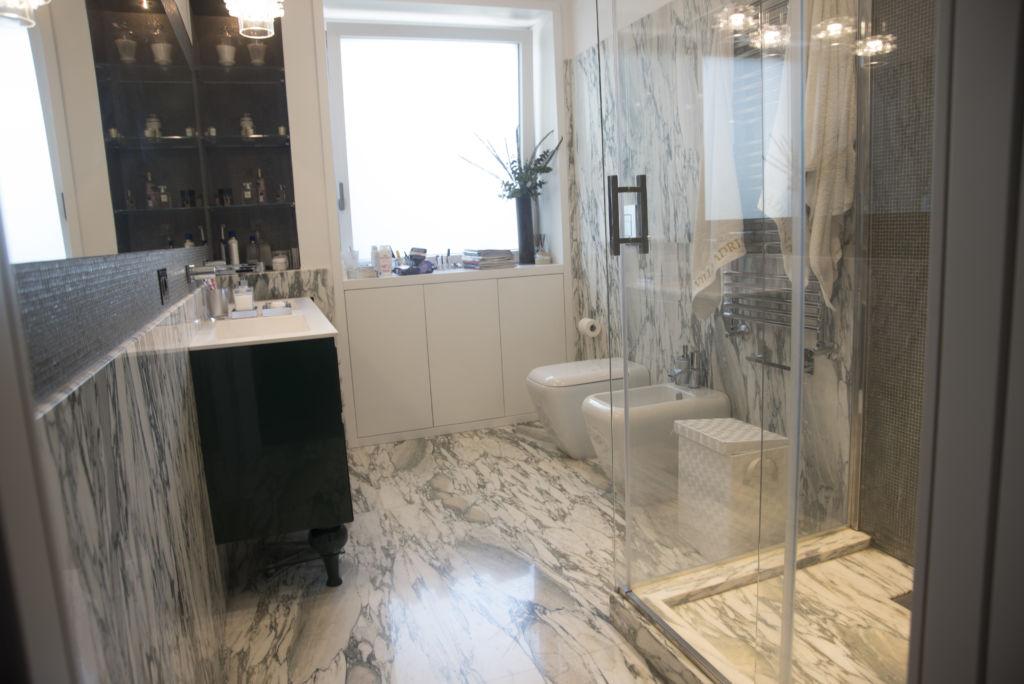 pavimentazione marmo bagno