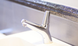 accessori bagno rubinetto