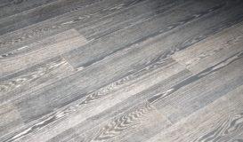 pavimento-parquet-striato-legno